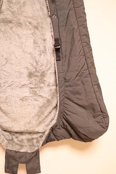 べビーホッパーのエルゴの防寒カバーのアジャスター部分の写真