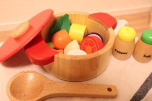 ウッディプッディのお鍋と野菜のおままごと