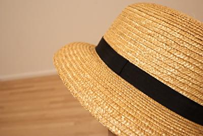 クラスカの麦わら帽子のつばの部分の写真