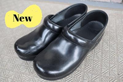 ダンスコの黒のプロフェッショナルの新しい靴の全体写真