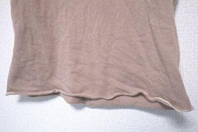 ZARABABYの4-5歳用の茶色い半袖の裾部分の写真
